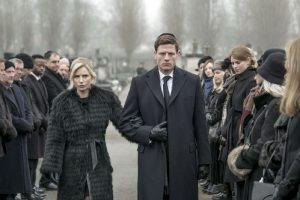 Nahlédněte do života mafiánů v novém seriálu McMafie. Těšit se můžete i na Karla Rodena v roli šéfa pražského podsvětí.