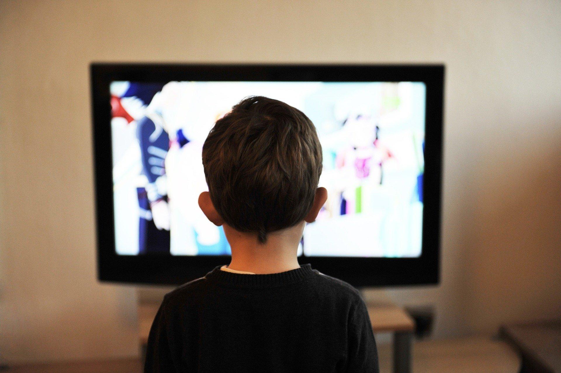 Neplánované prázdniny. Jak děti zabavit, a ještě je něco naučit? Nickelodeon nebo Netflix vám s tím pomohou